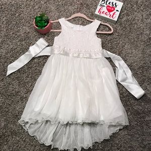 Special occasion little girl's dress 👧🏻🎀